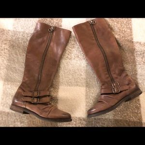 Brown size 8 Steve Madden Leather Boots